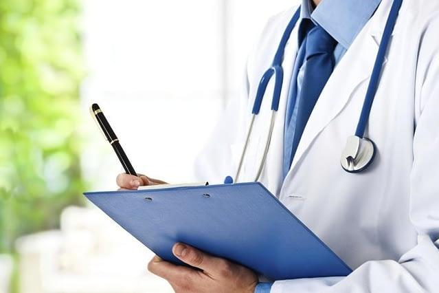 Comment se déroule la consultation de médecin en ligne ?