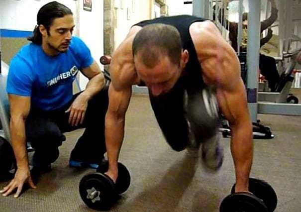 prendre du muscle moniteur salle de gym